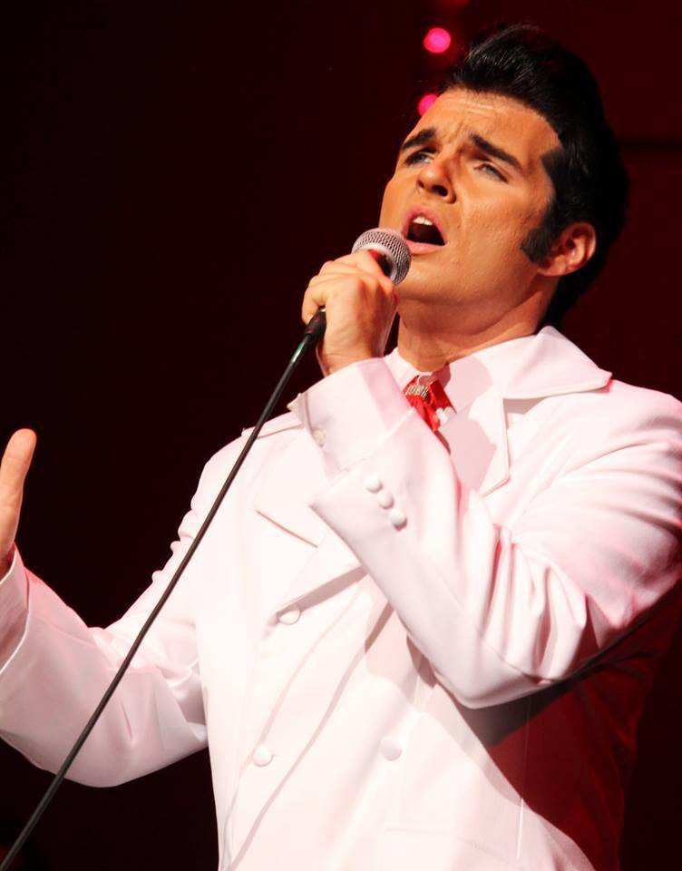 Ben Thompson as Elvis
