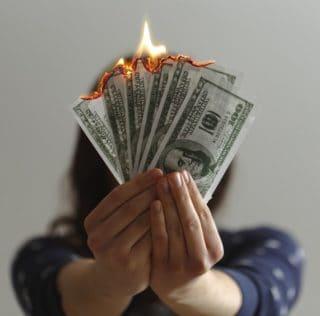Holiday Brits burn billion